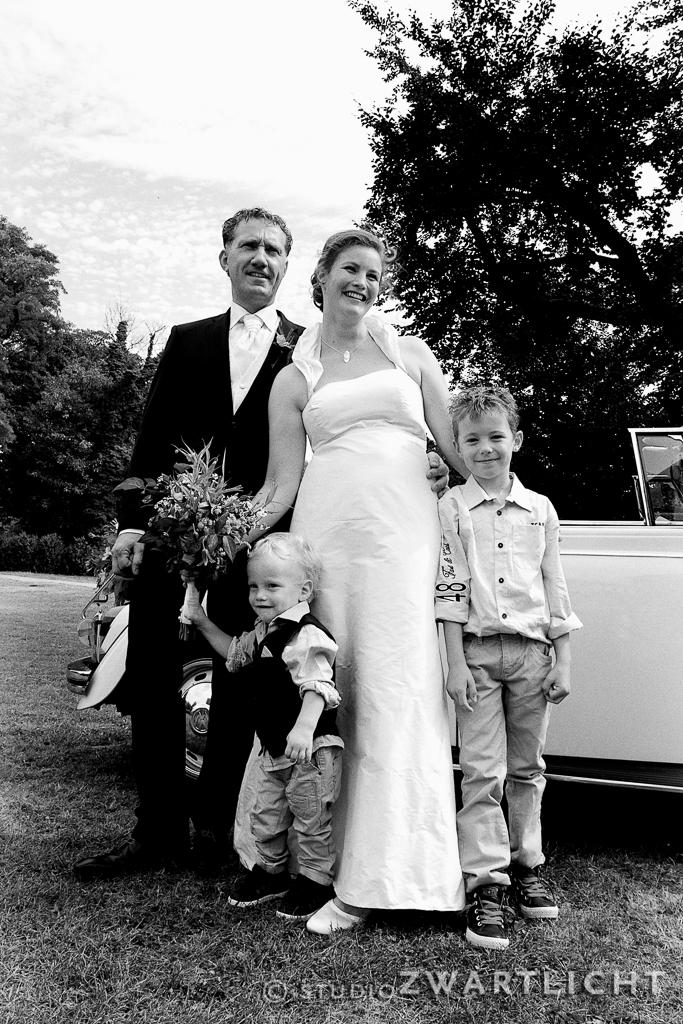 staatsieportret_bruidspaar_zwart-wit