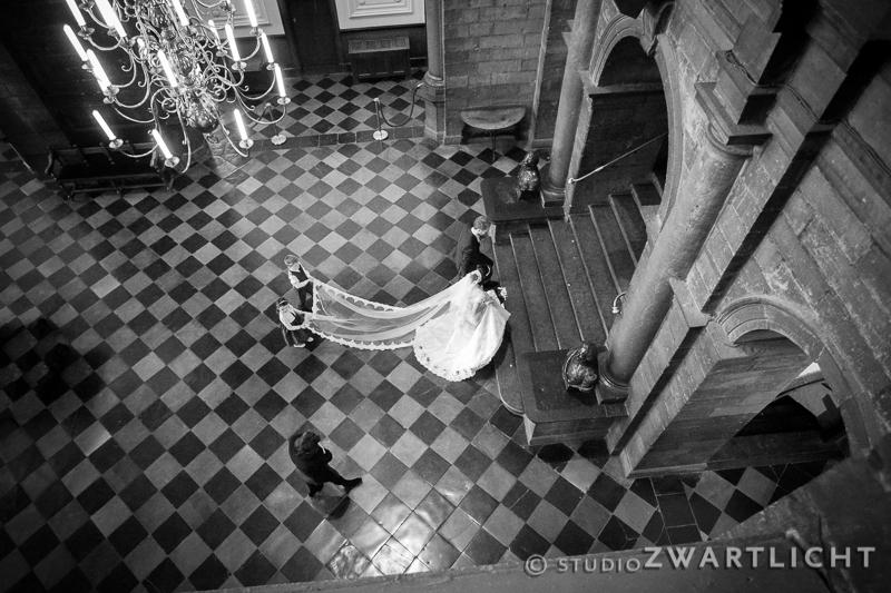 zwart-wit huwelijk stadhuis maastricht